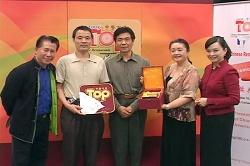 Chow'sAsianBistro awarded